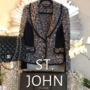 ST. JOHN COUTURE BUTTON UP BLAZER IN NAVY